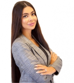 Vanessa Lima Portrait