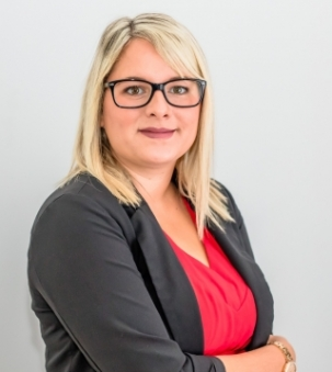 Amanda Roberts, Sales Representative