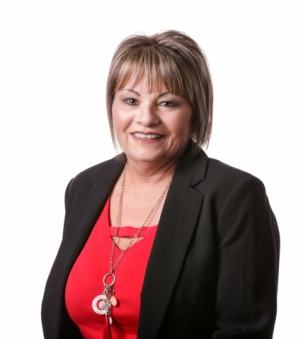 Linda Bisutti Portrait