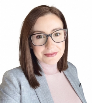 Kayla Kilbride, Sale Representative – The Bowes & Cocks Platinum Team