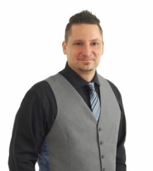 Vince Paluzzi, Sales Representative