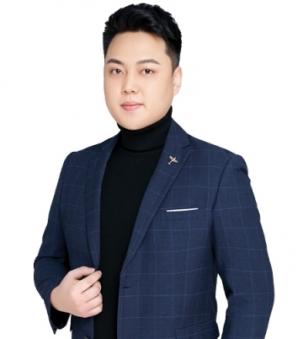 Kevin Wu Portrait