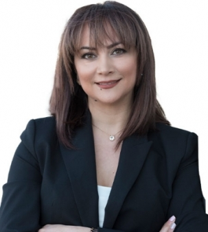 Sona SheikhPour Portrait