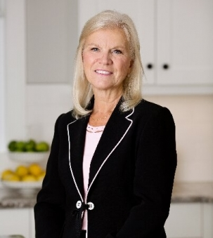 Lynda Van De Maele, Sales Representative
