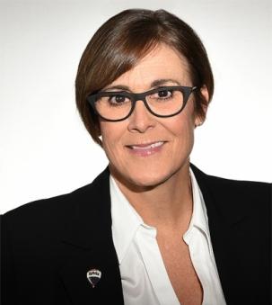 Marci Csumrik portrait
