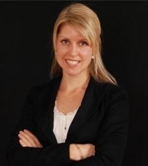 Cassandra Saunders Portrait