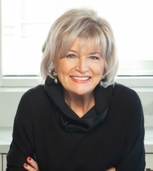 Carolyn Davis Stewart, FRI Portrait