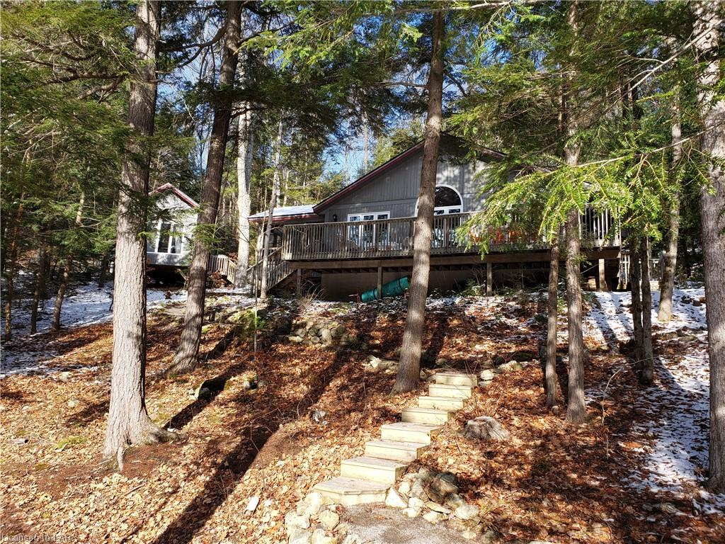 1144 Invader Lane, Haliburton Ontario, Canada
