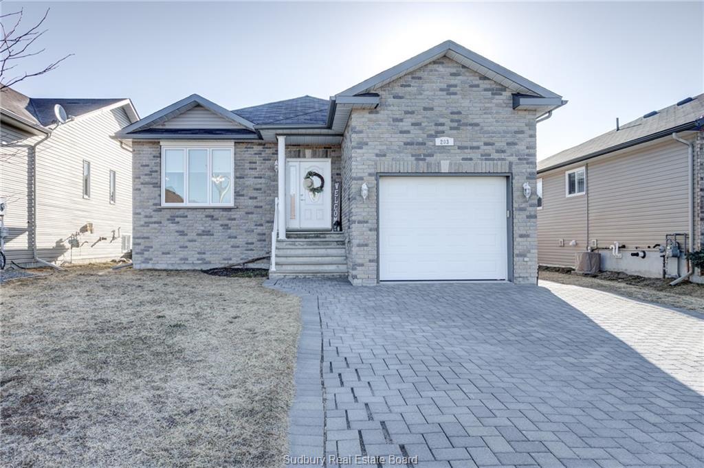 203 Racicot, Garson Ontario, Canada