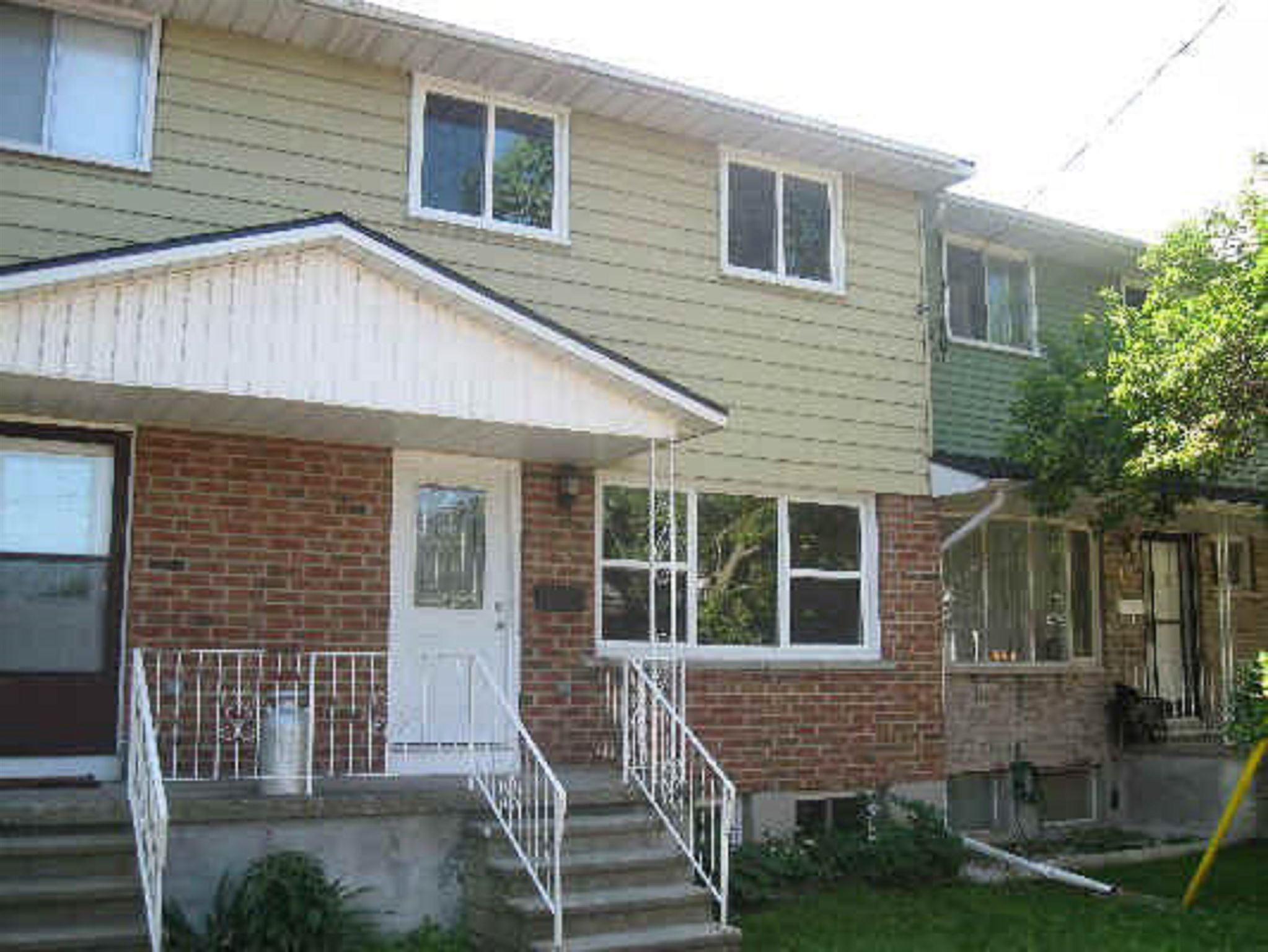Unit# 14 27 Addington Court, Kingston, Ontario, Canada