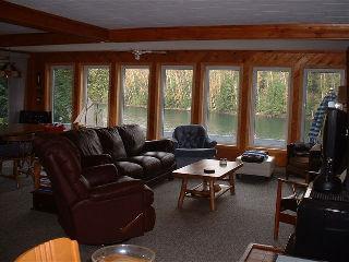 1043 Lakeview Rd, Muskoka Lakes Ontario