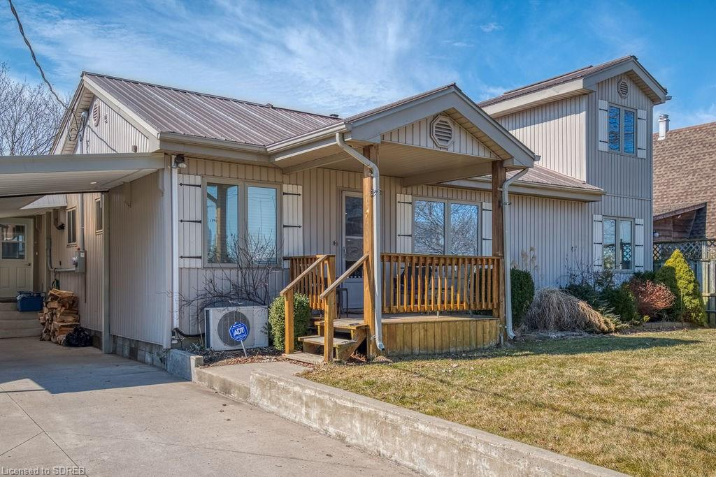 18 Willow Avenue, Long Point Ontario, Canada
