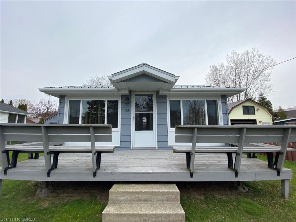 15 First Avenue, Long Point Ontario, Canada