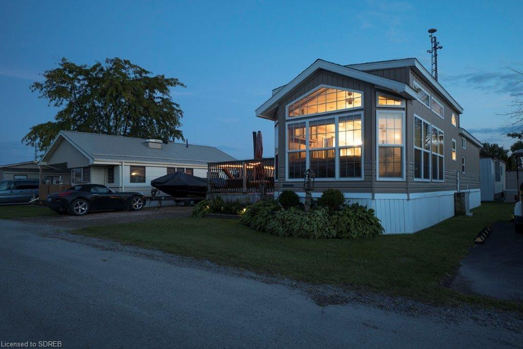 43 92 Clubhouse Road, Turkey Point Ontario, Canada