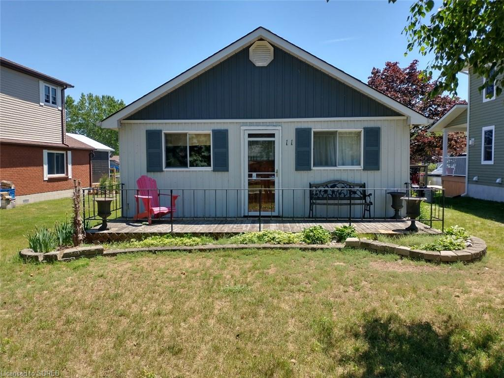 11 Rogers Avenue, Long Point Ontario, Canada