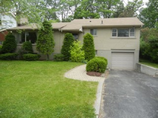 106 dickens dr,