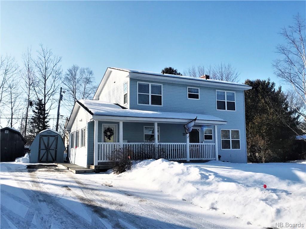 211 Coventry Crescent, Fredericton New Brunswick, Canada
