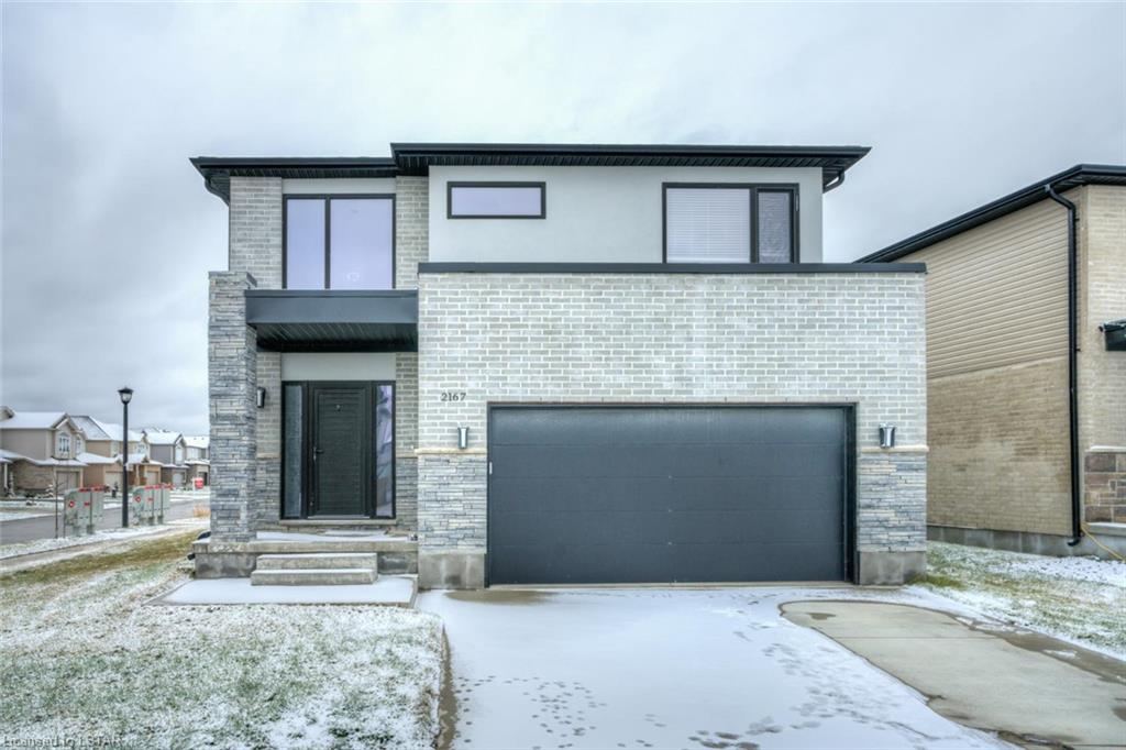 2167 Wateroak Drive, London Ontario, Canada