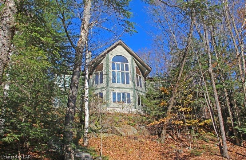 1002 STAGS LEAP Trail, Haliburton, Ontario, Canada