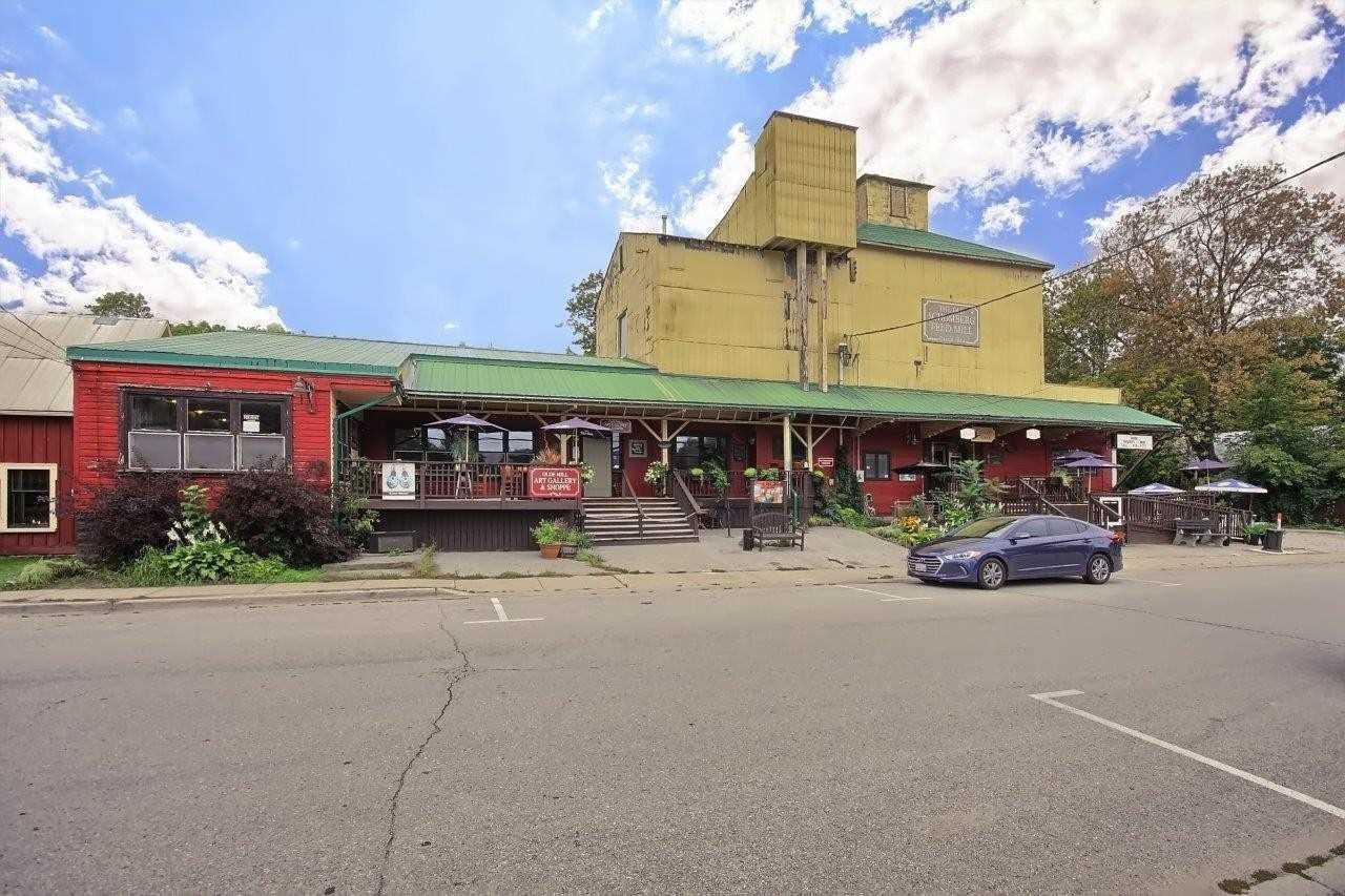 357 Main St, King Ontario, Canada