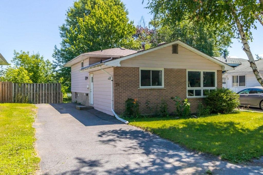 79 Calderwood Drive, Kingston Ontario, Canada