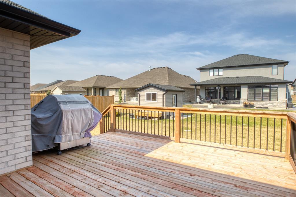 513 FRANCO Avenue, Sarnia, Ontario, Canada
