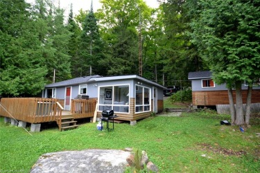 1088 Hough Lane, Haliburton County Ontario, Canada