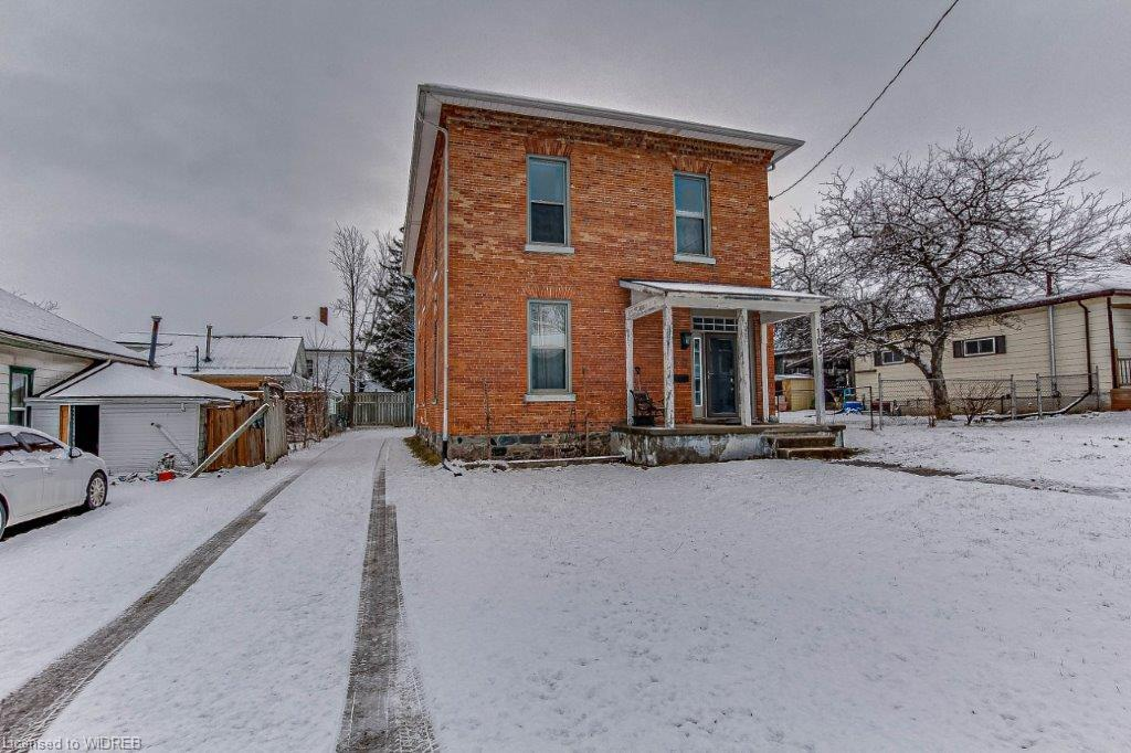 105 CARROLL Street, Ingersoll Ontario, Canada