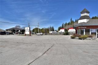 10 BOBCAYGEON Road, Minden Ontario