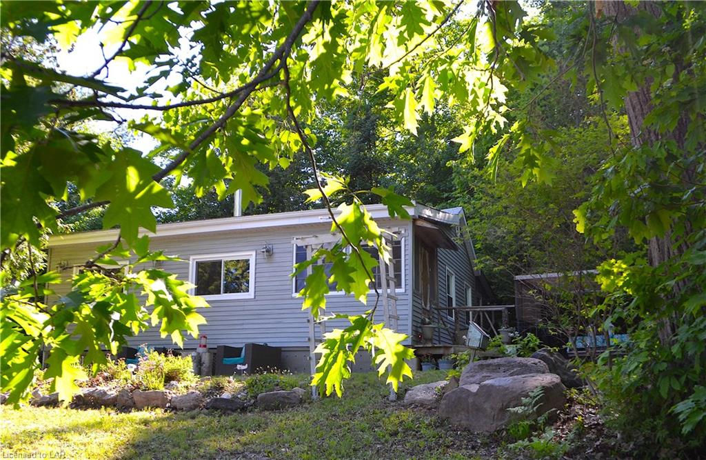 1755 NORTH SHORE Road, Algonquin Highlands Ontario, Canada