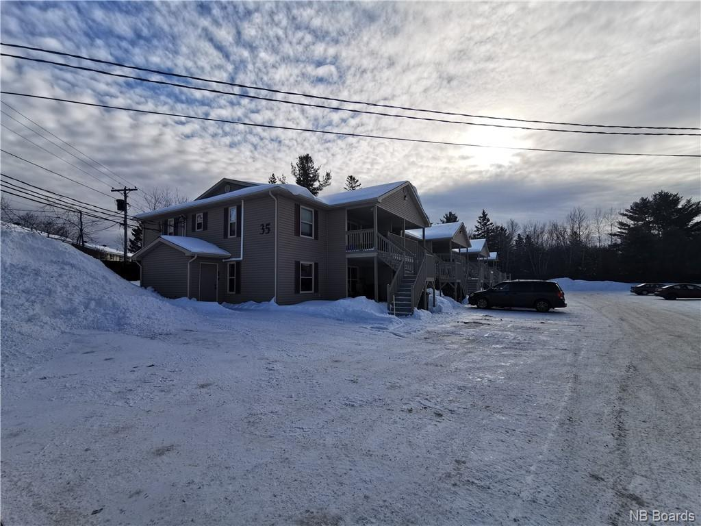 35 Trailside Drive Unit# 1, Fredericton New Brunswick, Canada
