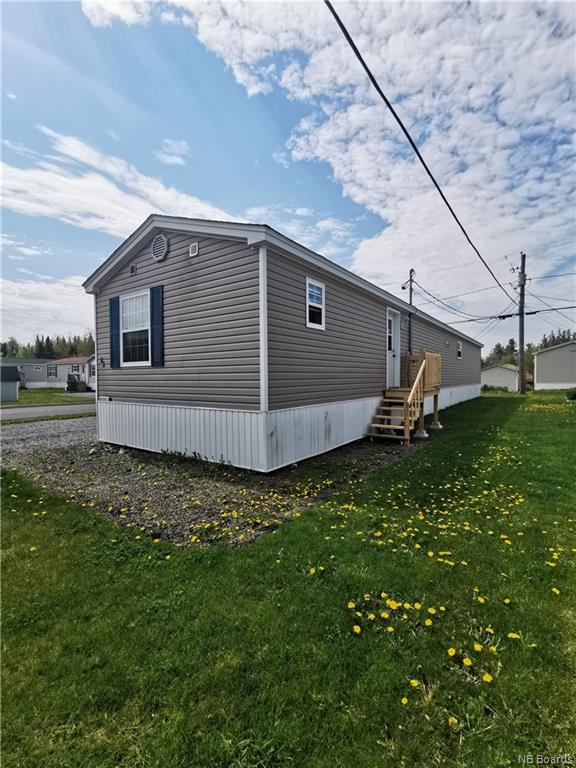 82 Glenmar Drive, Fredericton, New Brunswick, Canada