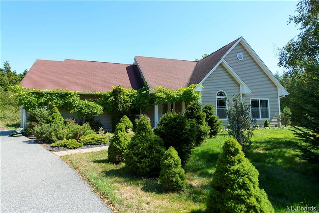 60 Maliseet Drive, Rothesay New Brunswick, Canada