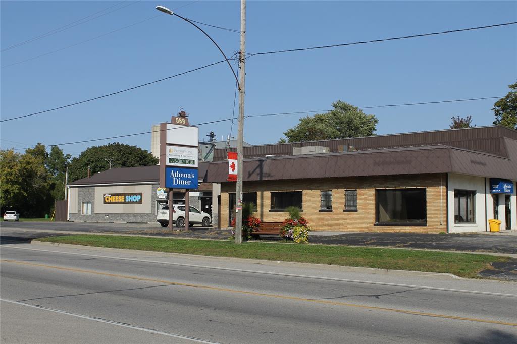 569 BROADWAY Street, Plympton-Wyoming, Ontario, Canada
