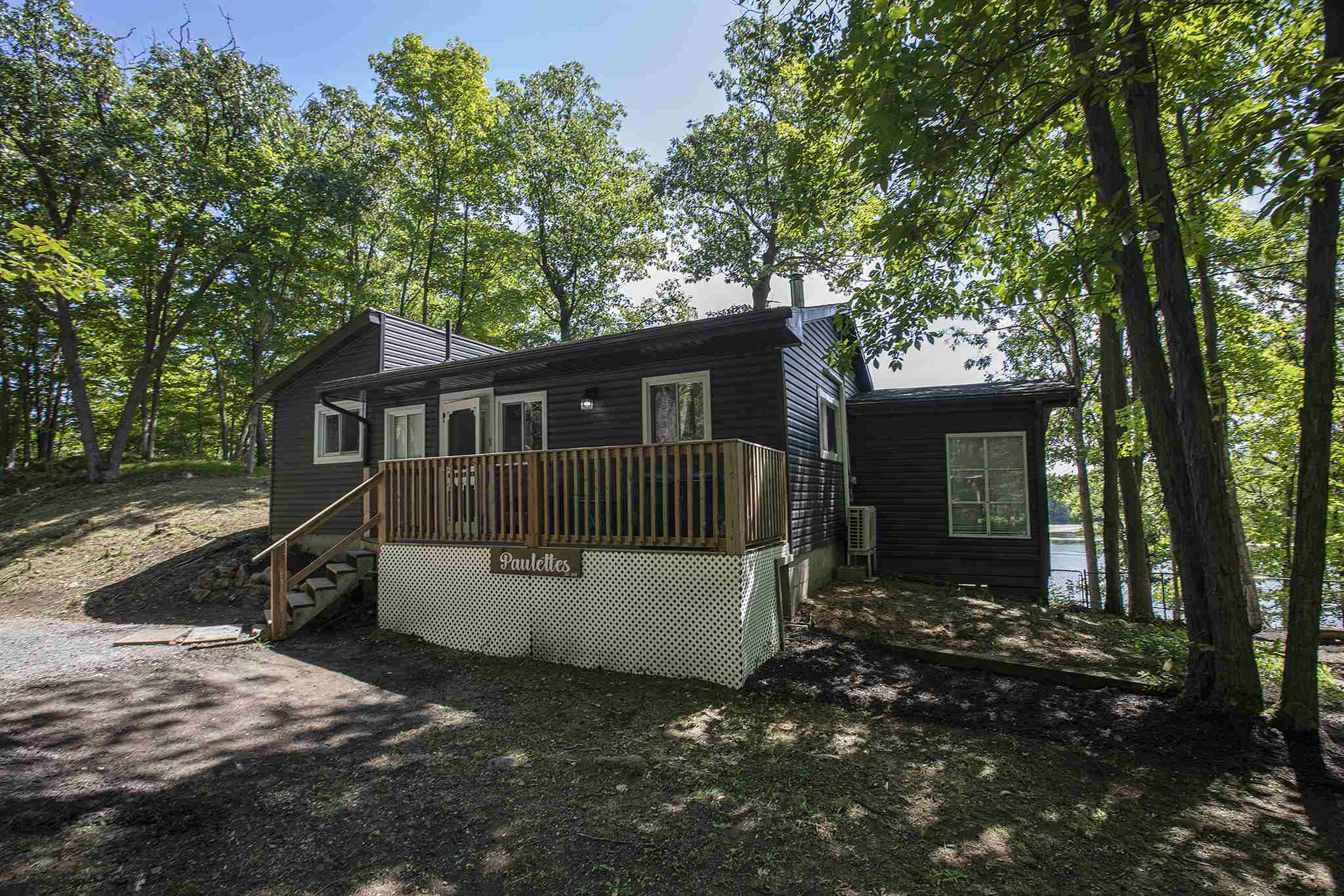 39 Beacon Point Lane, South Frontenac Ontario, Canada