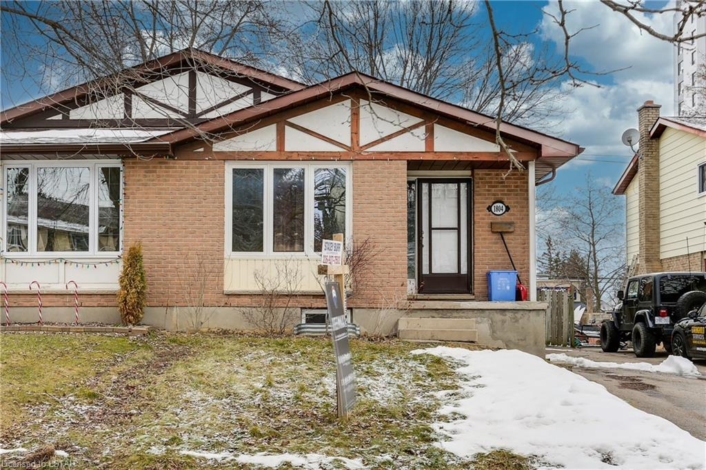 1804 Attawandaron Road, London Ontario, Canada