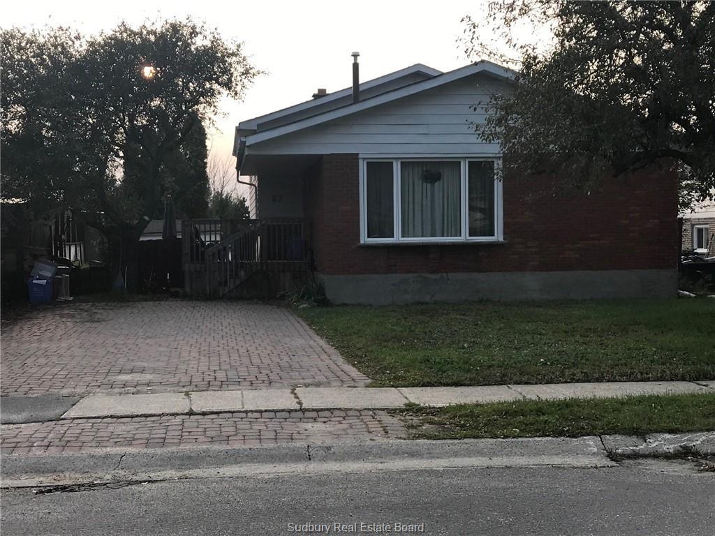 87 Newton Crescent, Garson Ontario, Canada