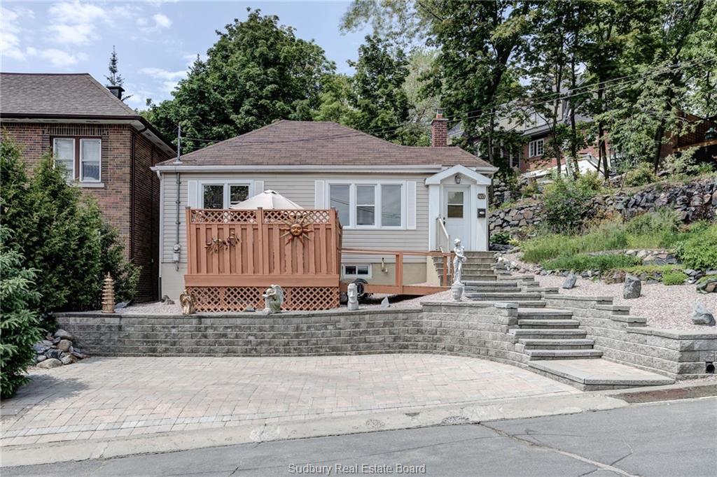 403 Laura Avenue, Sudbury Ontario, Canada