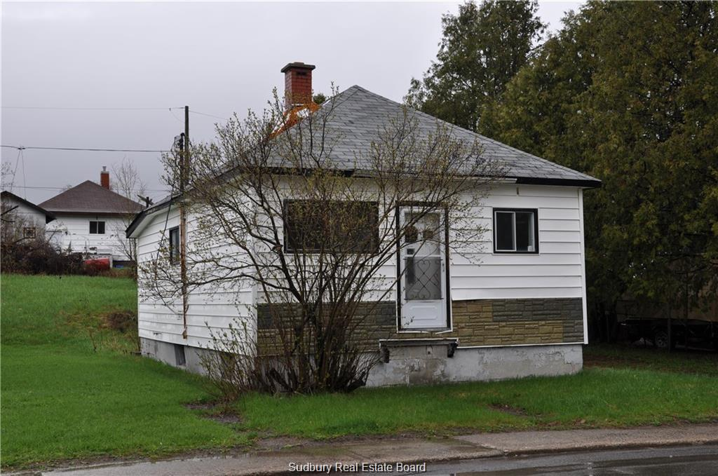 50 Beech Street, Levack Ontario, Canada