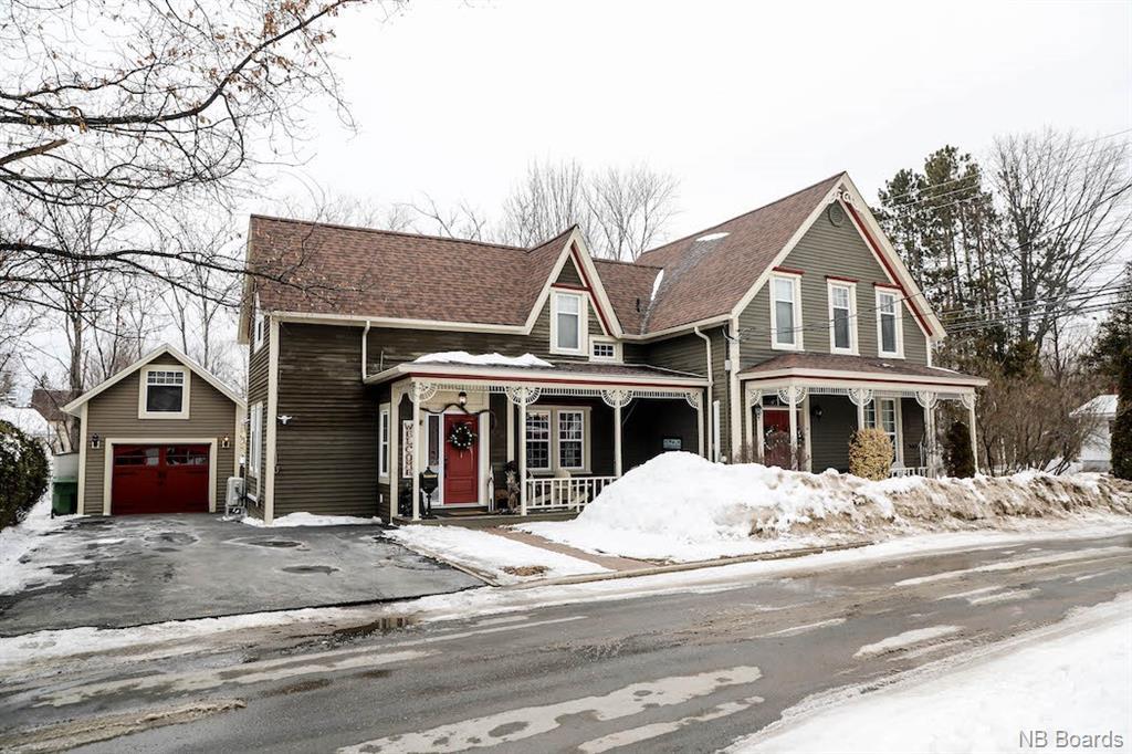 99 Smith Street, Fredericton New Brunswick, Canada