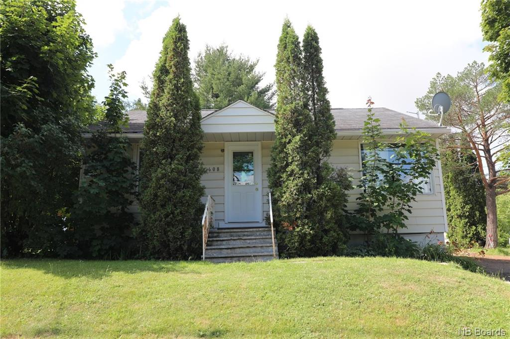 608 Kings College Road, Fredericton New Brunswick, Canada