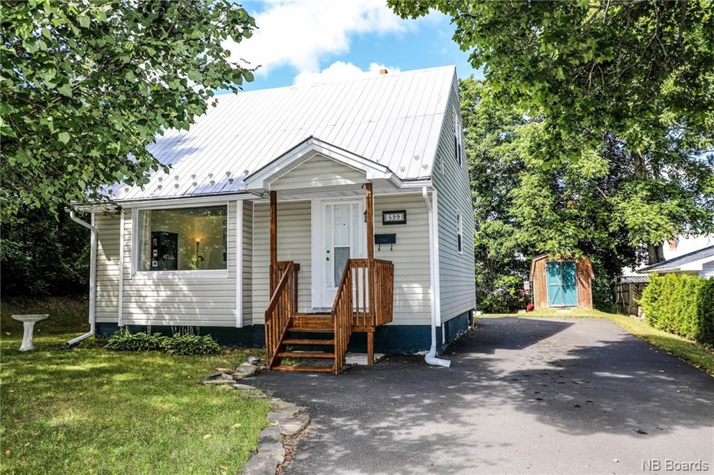 599 Chestnut Street, Fredericton New Brunswick, Canada