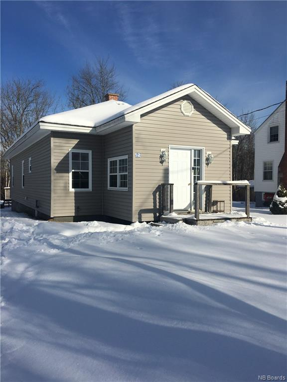 52 Oak Street, Mcadam New Brunswick, Canada