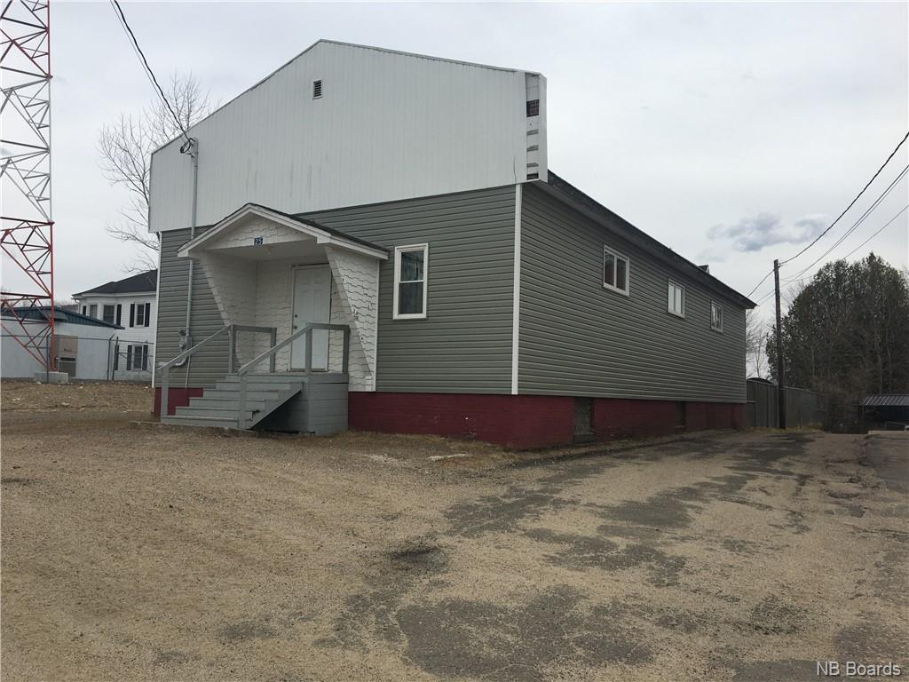25 Lake Avenue, Mcadam New Brunswick, Canada