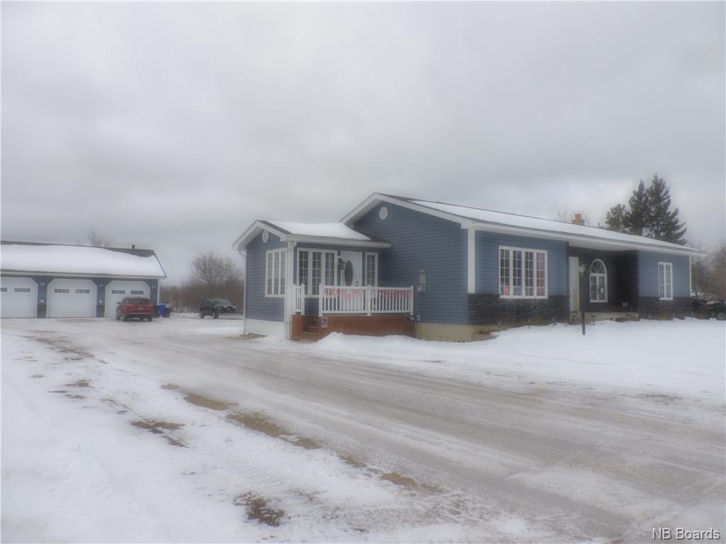 2 Highland Avenue, Mcadam New Brunswick, Canada