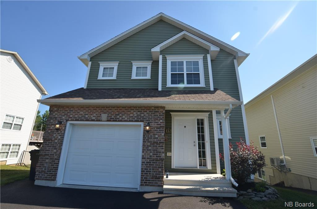 15 Spinner Court, Fredericton New Brunswick, Canada