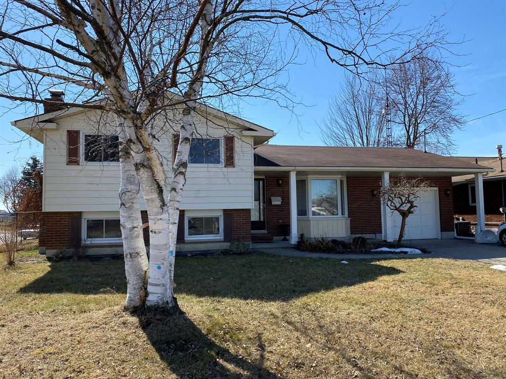 2479 Jane Street, St. Clair Ontario, Canada