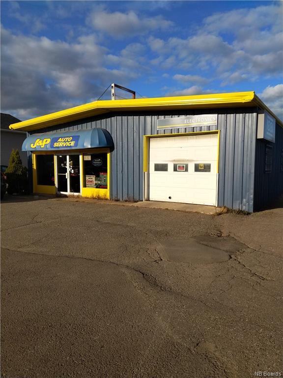 274 Restigouche Road, Oromocto New Brunswick, Canada