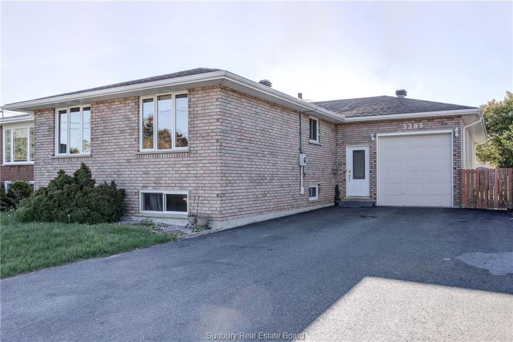 3385 Romeo, Val Caron Ontario, Canada