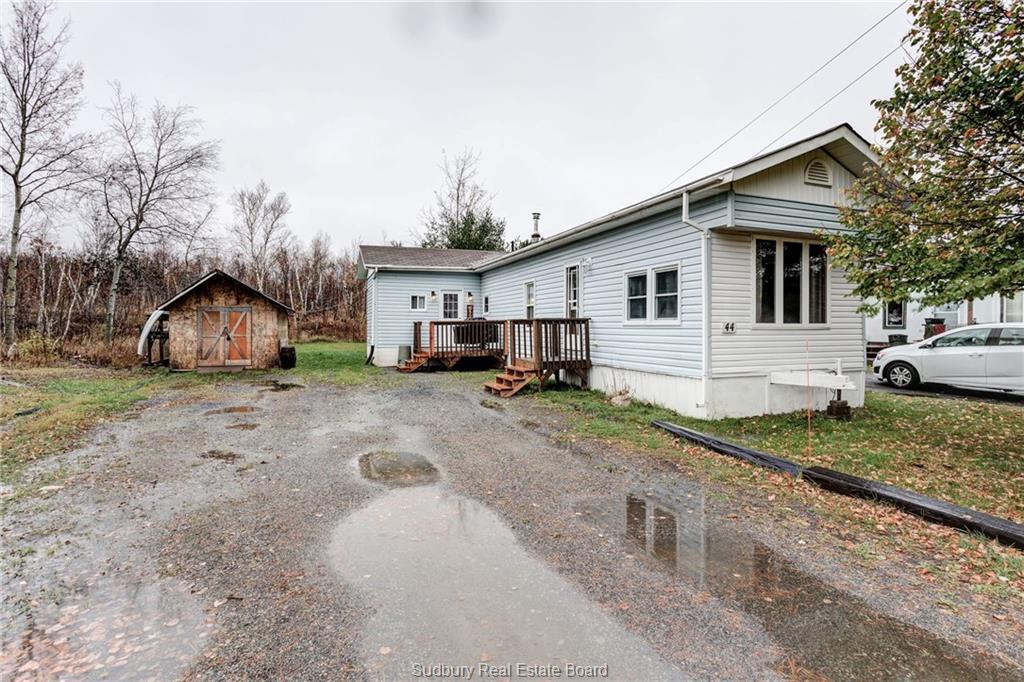 44 Dryden Road E, Wahnapitae Ontario, Canada